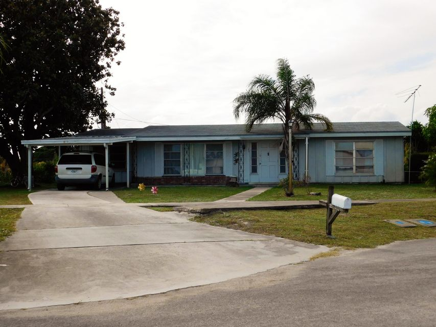 Additional photo for property listing at 103 Englewood Road  Port St. Lucie, Florida 34983 United States