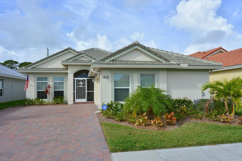 1832 NW Old Oak Terrace, Jensen Beach, FL 34957