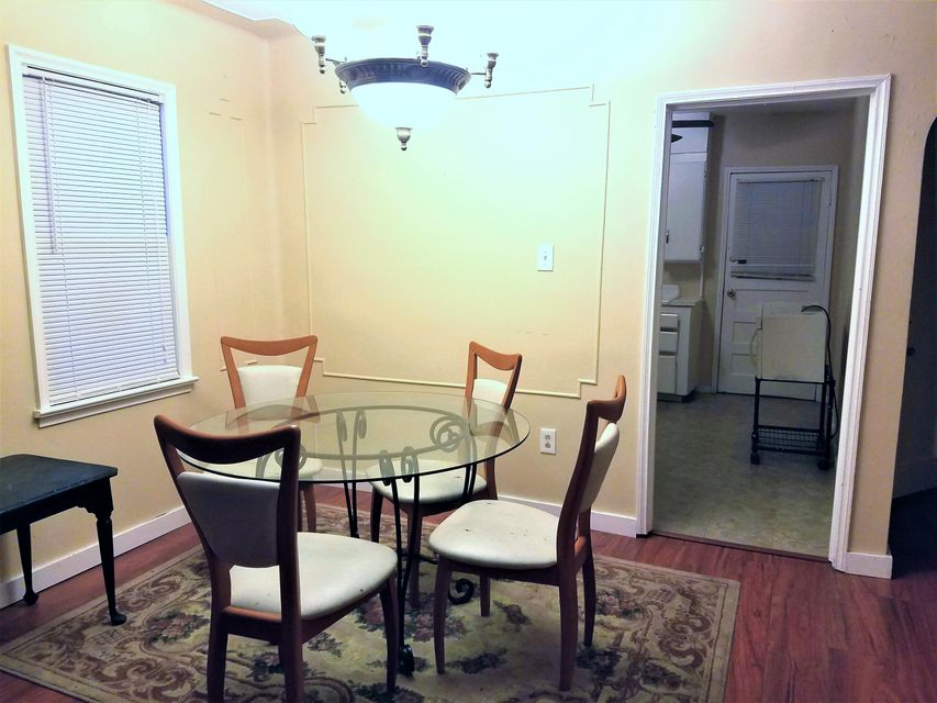 Additional photo for property listing at 405 Pine Street 405 Pine Street Lantana, Florida 33462 United States