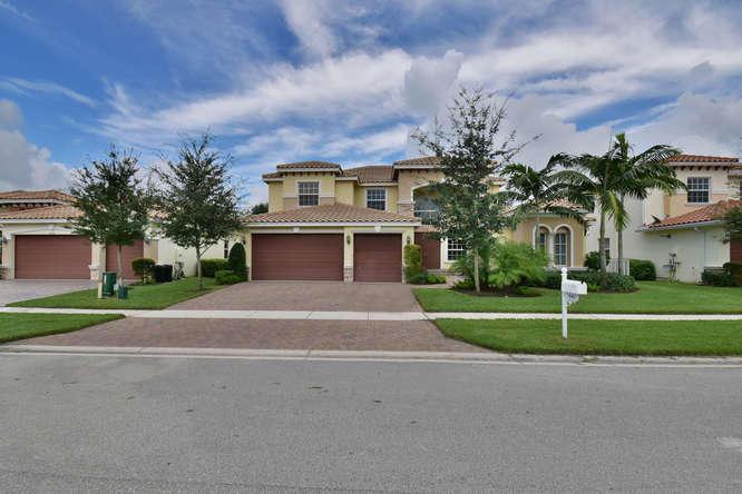 9482 Campi Drive  Lake Worth, FL 33467