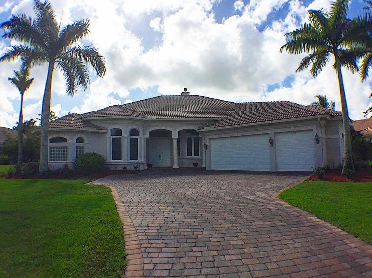 1207 SW SQUIRE JOHNS Lane, Palm City, FL 34990