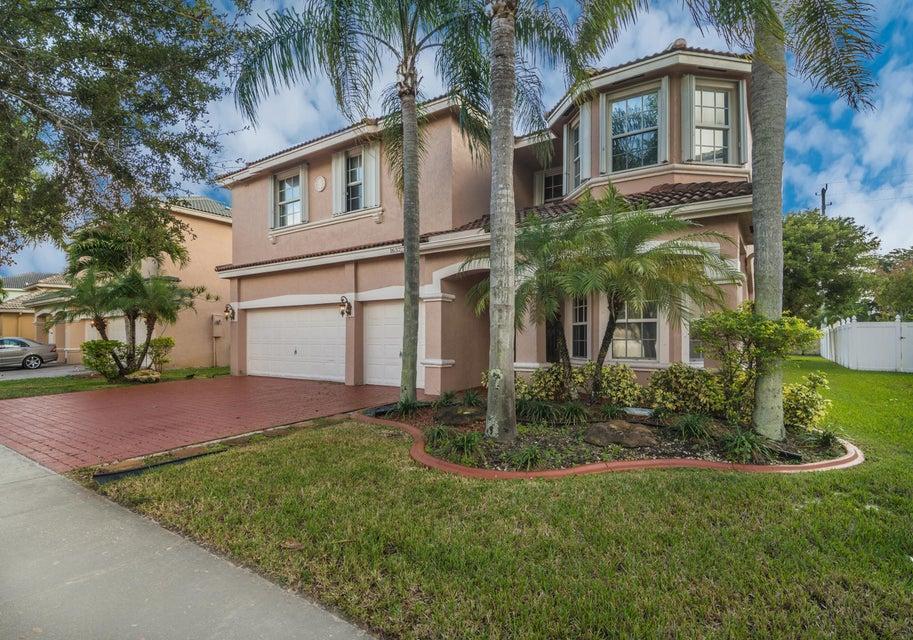 16370 SW 16th Street, Pembroke Pines, FL 33027