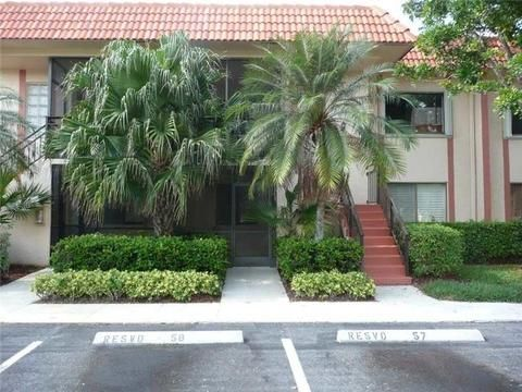 331 Lakeview Drive 203, Weston, FL 33326