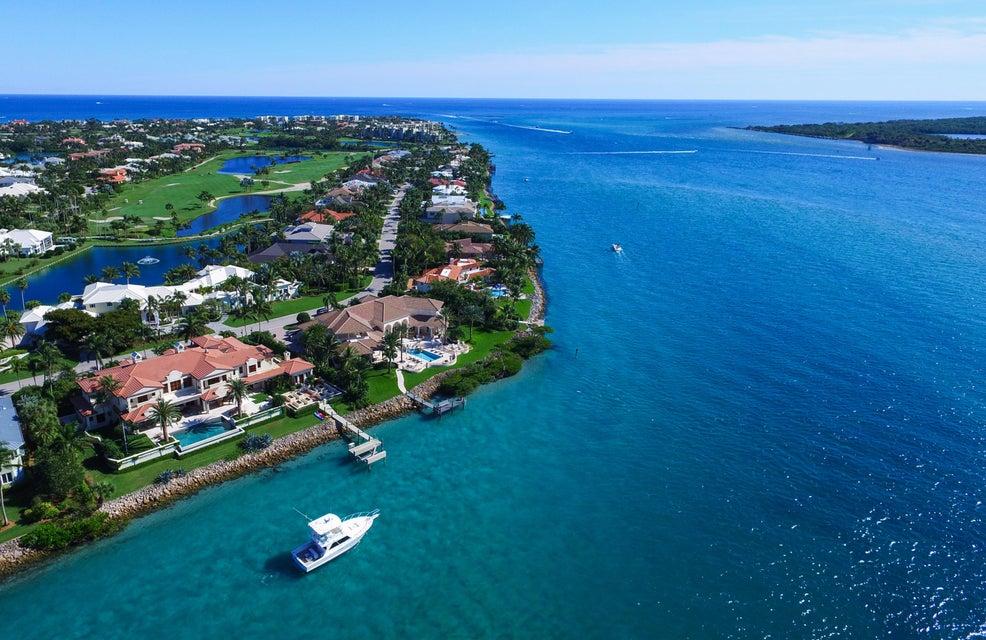 7014 SE Harbor Circle, Stuart, FL 34996