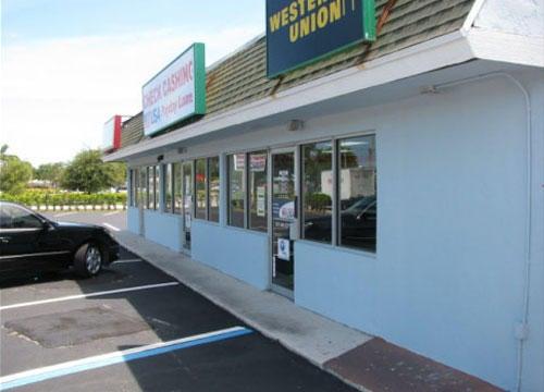 Comerciais / Industriais para Locação às 1400 10th Street Lake Park, Florida 33403 Estados Unidos