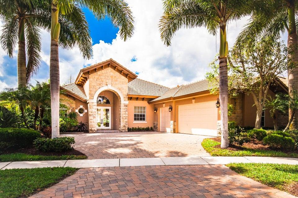 7981 Cranes Pointe Way, West Palm Beach, FL 33412