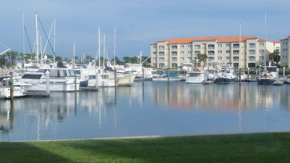 14 Harbour Isle Drive W 106, Hutchinson Island, FL 34949