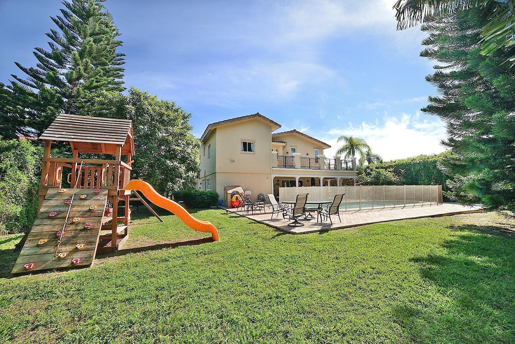 7749 NE Spanish Trail Court, Boca Raton, FL 33487