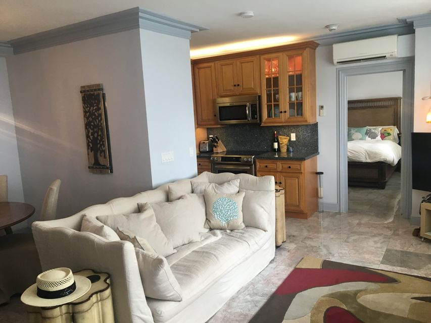 Additional photo for property listing at 2730 S Ocean Boulevard 2730 S Ocean Boulevard Palm Beach, Florida 33480 United States