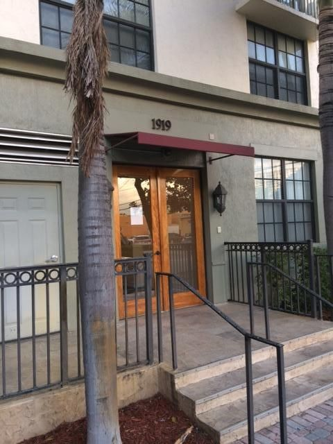 1919 Van Buren St 704a, Hollywood, FL 33020