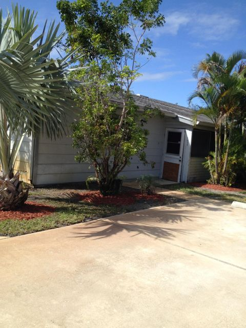 9099 SE Hobe Ridge Avenue, Hobe Sound, FL 33455