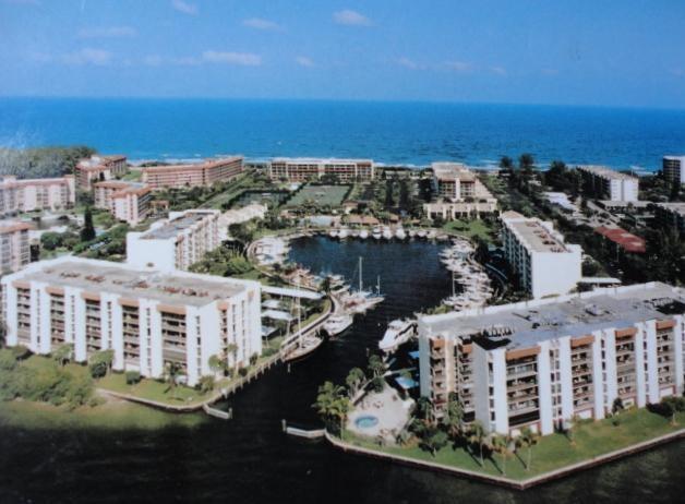 2677 N Ocean Boulevard Th17, Boca Raton, FL 33431