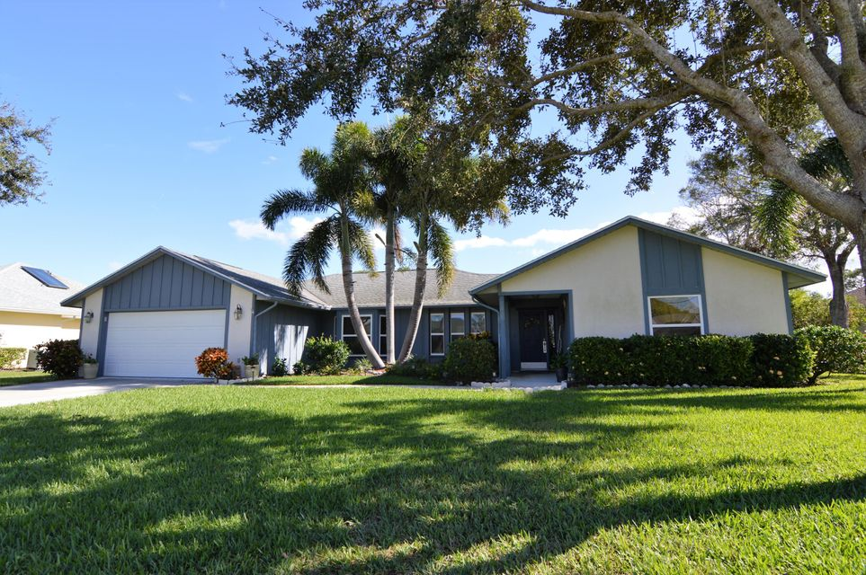 5203 E Echo Pines Circle is listed as MLS Listing RX-10297574 with 31 pictures