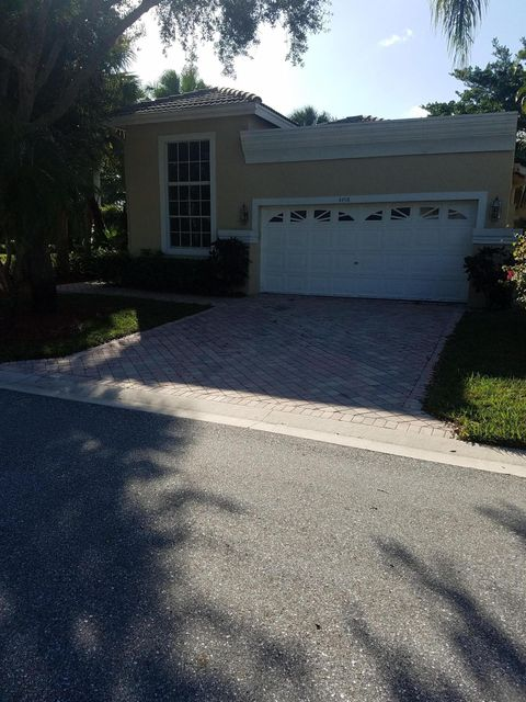 4498 Carlton Golf Drive, Lake Worth, FL 33449