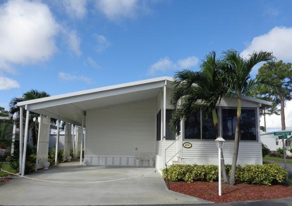 14014 Kingston Bay, Boynton Beach, FL 33436