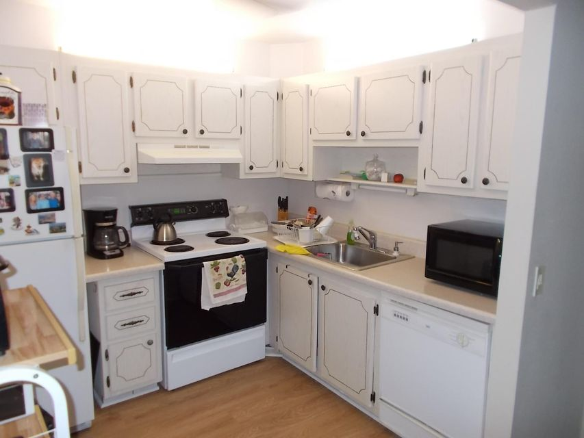 102  Seville D  is listed as MLS Listing RX-10291342 with 10 pictures