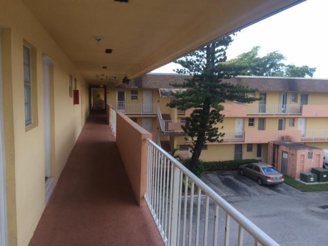 1540 NE 191st Street 320, Miami, FL 33179