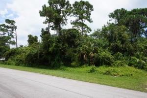 5808 Shannon Drive, Fort Pierce, FL 34951