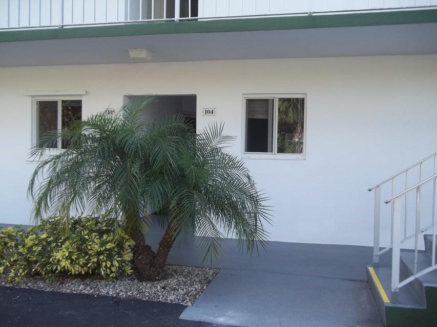 1 Garden Street 104, Tequesta, FL 33469
