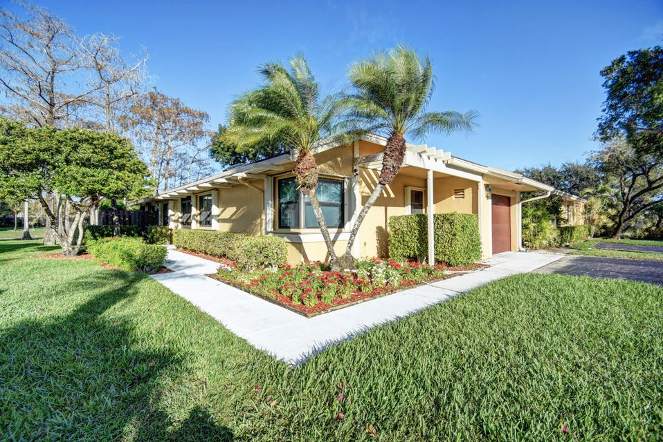 22499  Vistawood Way is listed as MLS Listing RX-10298717 with 45 pictures