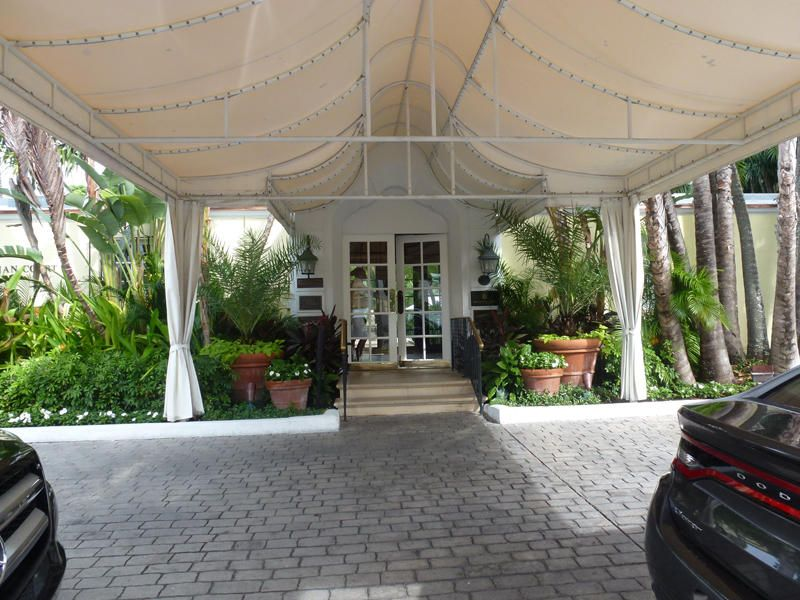 BRAZILIAN PALM BEACH REAL ESTATE