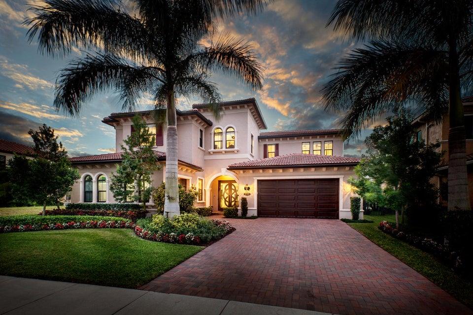 17745 Vecino Way, Boca Raton, FL 33496
