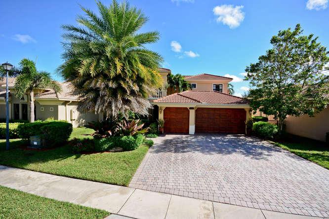 15636 Glencrest Avenue, Delray Beach, FL 33446