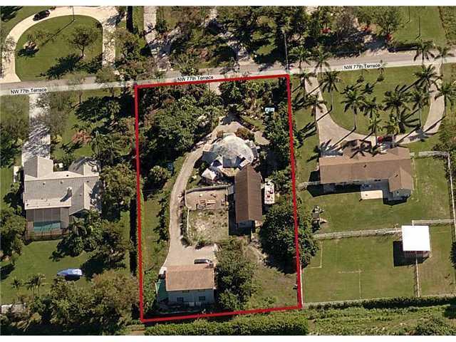 Home for sale in PINE TREE ESTATES Parkland Florida