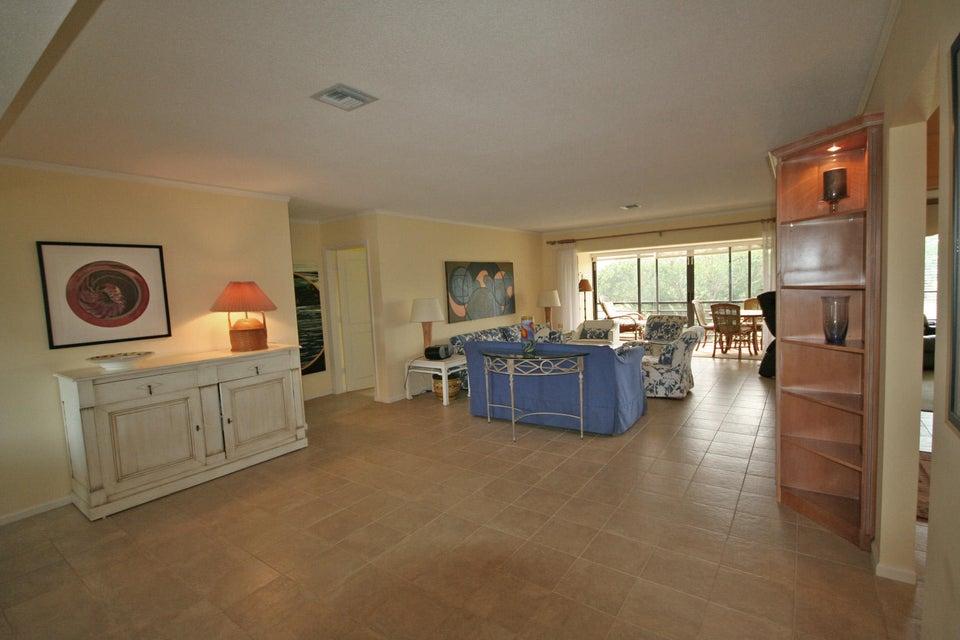 10743 Quail Covey Road Azalea, Boynton Beach, FL 33436