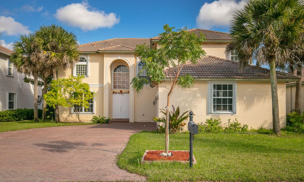7122 Pinecreek Way, Coconut Creek, FL 33073