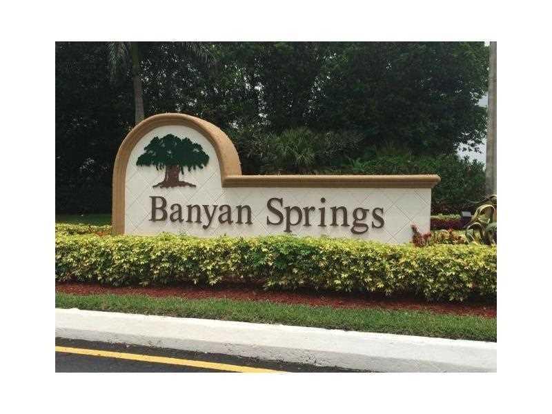 5125 Rose Hill Drive, Boynton Beach, FL 33437