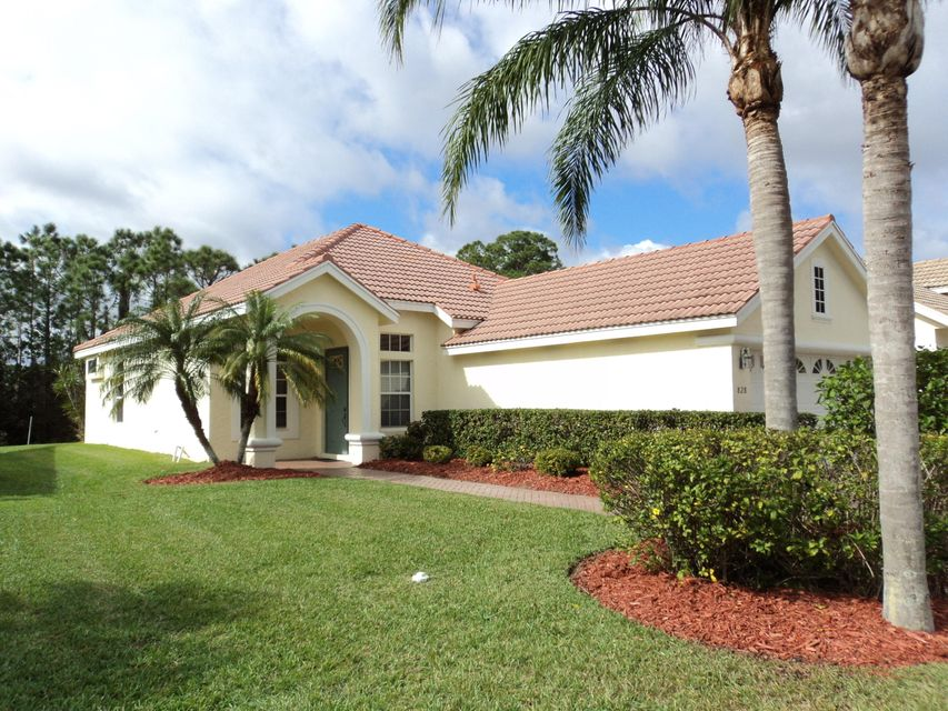 828 SW St. Andrews Cove, Port Saint Lucie, FL 34986