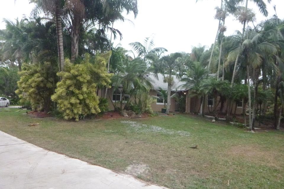 16117  68th Street is listed as MLS Listing RX-10298939 with 35 pictures