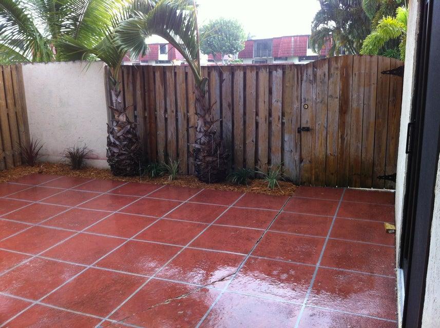 3754 Victoria Drive 3754  West Palm Beach, FL 33406