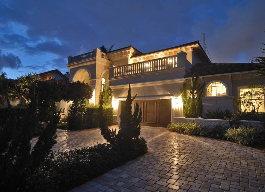 917 Iris Drive, Delray Beach, FL 33483