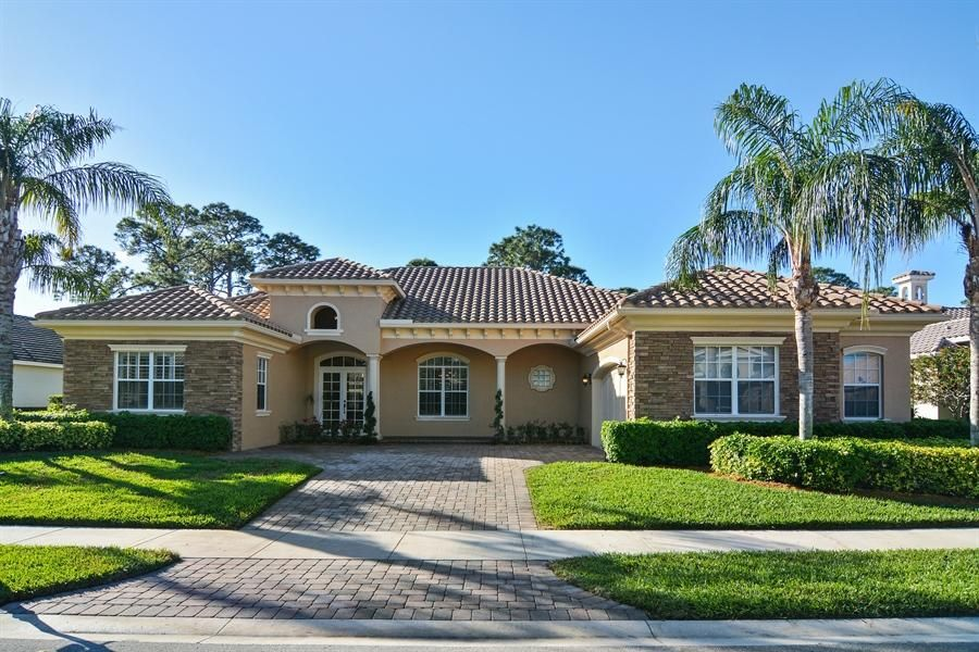 9409 Scarborough Court, Port Saint Lucie, FL 34986