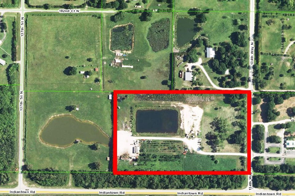 10.36 lot on the northwest corner of Indiantown Road in Jupiter Farms. The property is currently being used as a wholesale nursery. Close to I-95 & Florida Turnpike.