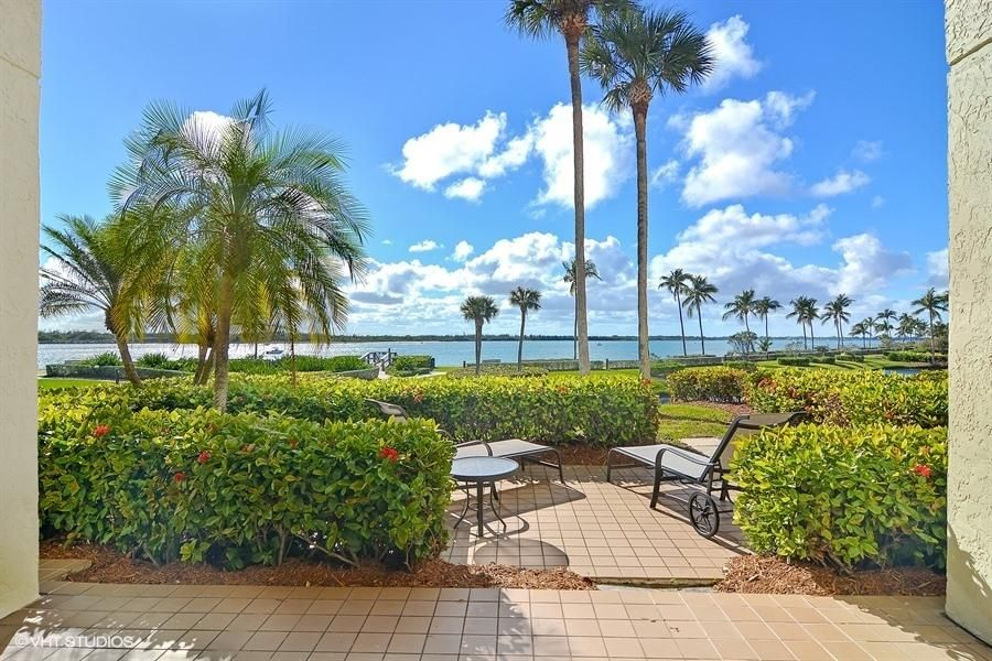 Additional photo for property listing at 2820 SE Dune Drive 2820 SE Dune Drive Stuart, Florida 34996 Vereinigte Staaten