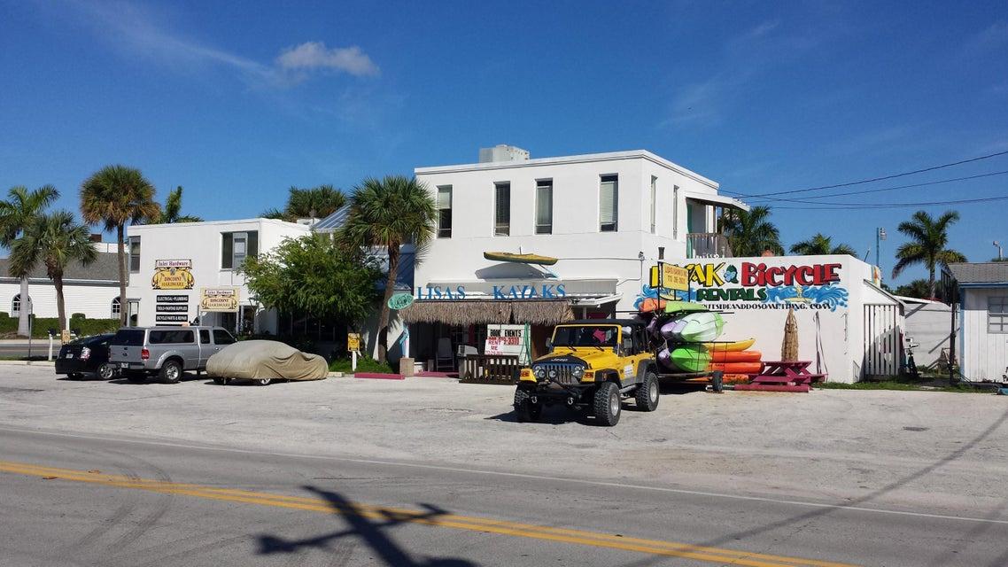 1105 Seaway Drive, Hutchinson Island, FL 34949