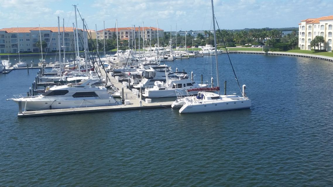 17 Harbour Isle Drive W Ph01, Hutchinson Island, FL 34949