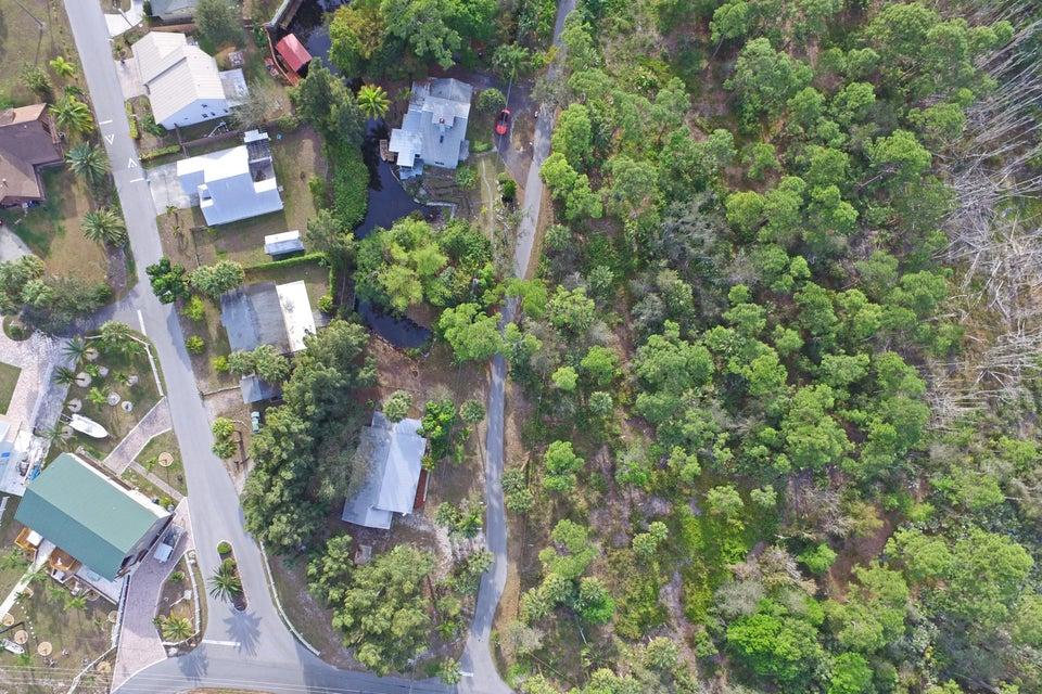 460 SW Tanglewood Trail, Stuart, FL 34997