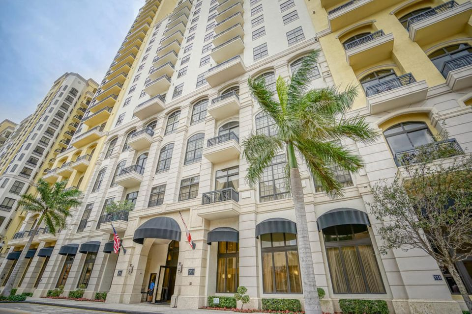 Two City Plaza Luxury Condos For Sale West Palm Beach Florida