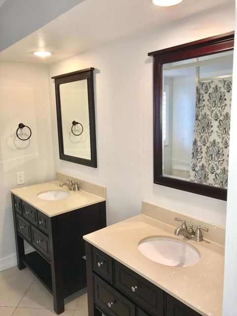 Additional photo for property listing at 1070 SW 12th Street 1070 SW 12th Street 博卡拉顿, 佛罗里达州 33486 美国