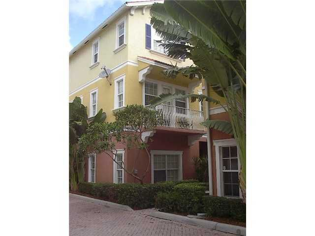 295 NE 5th Avenue 32, Delray Beach, FL 33483