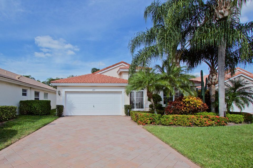 6805 Sun River Road, Boynton Beach, FL 33437