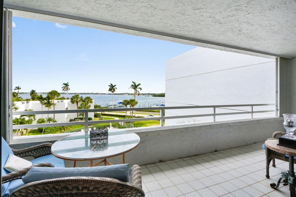 3701 S Flagler Drive 402b, West Palm Beach, FL 33405