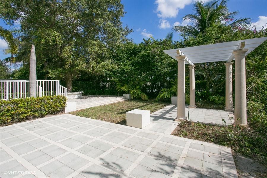 Reston Circle Royal Palm Beach Fl
