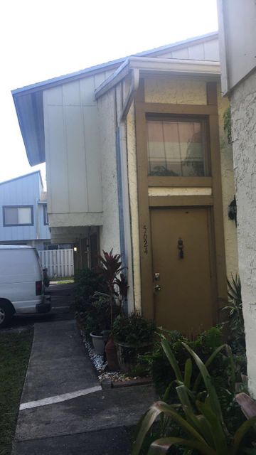 Co-op / Condo for Sale at 5624 NW 21st Street Lauderhill, Florida 33313 United States