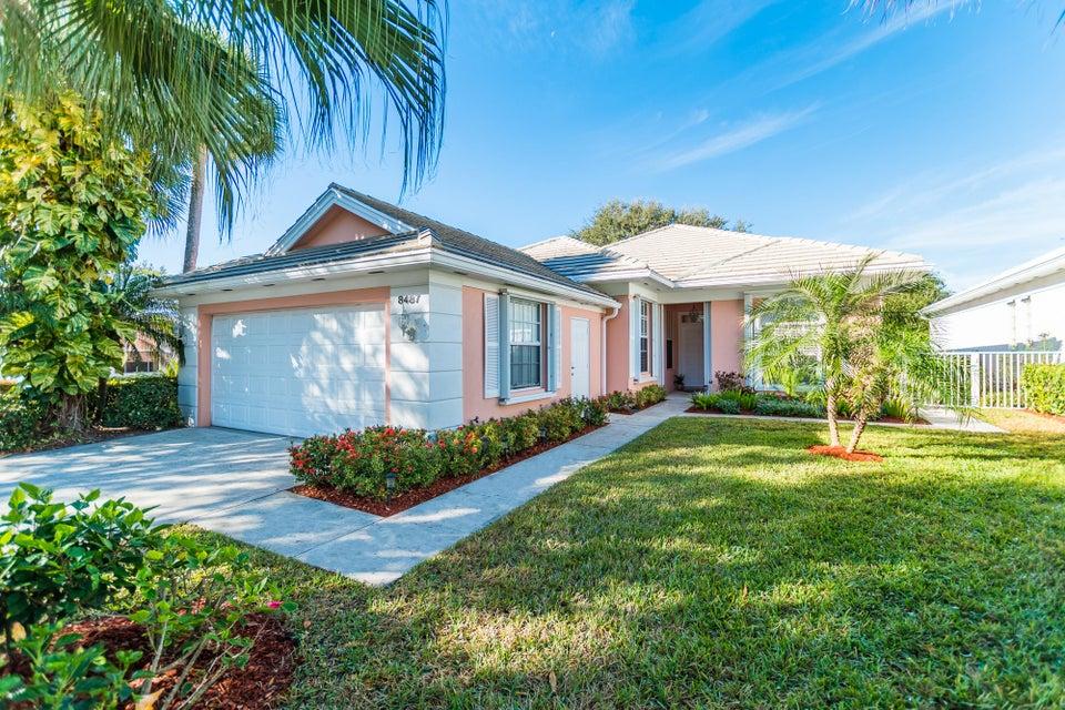 8487 E Garden Oaks Circle - Palm Beach Gardens, Florida | Douglas ...