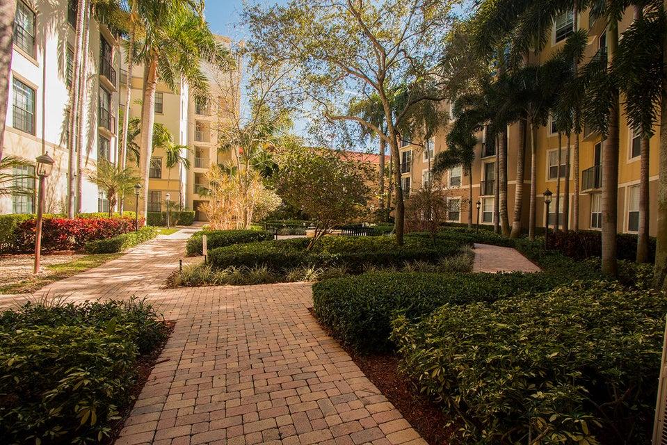 630 S Sapodilla Avenue 304  West Palm Beach, FL 33401